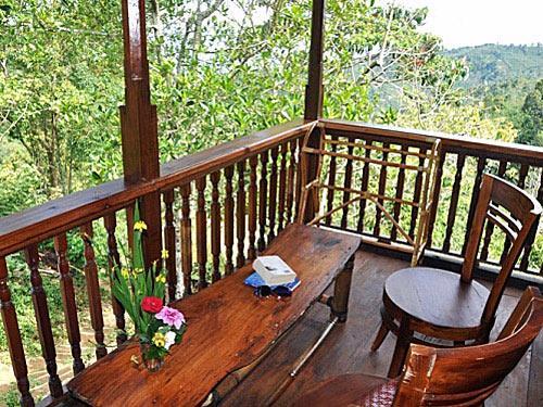 Balkon des Hotels in Munduk