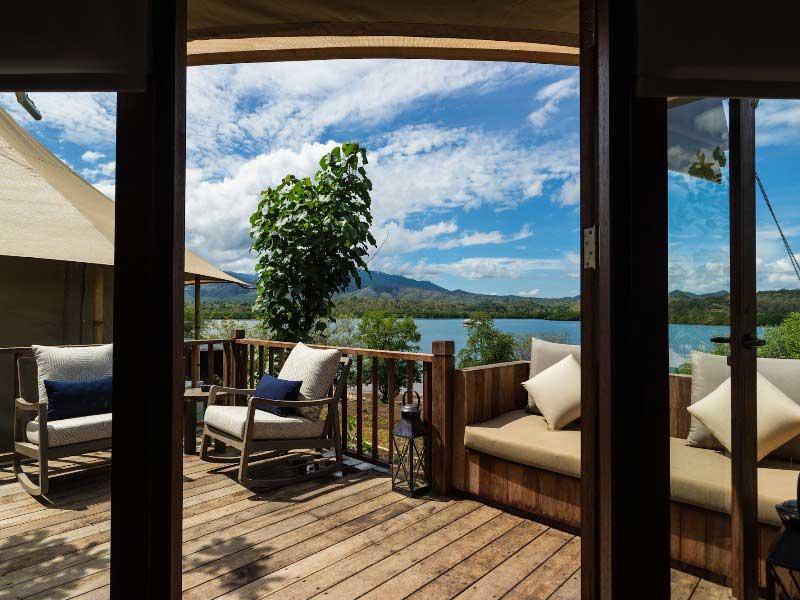 Entspannen auf der Terrasse der Safarizelte